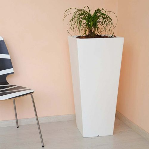 'Hydrus' Tall Planter