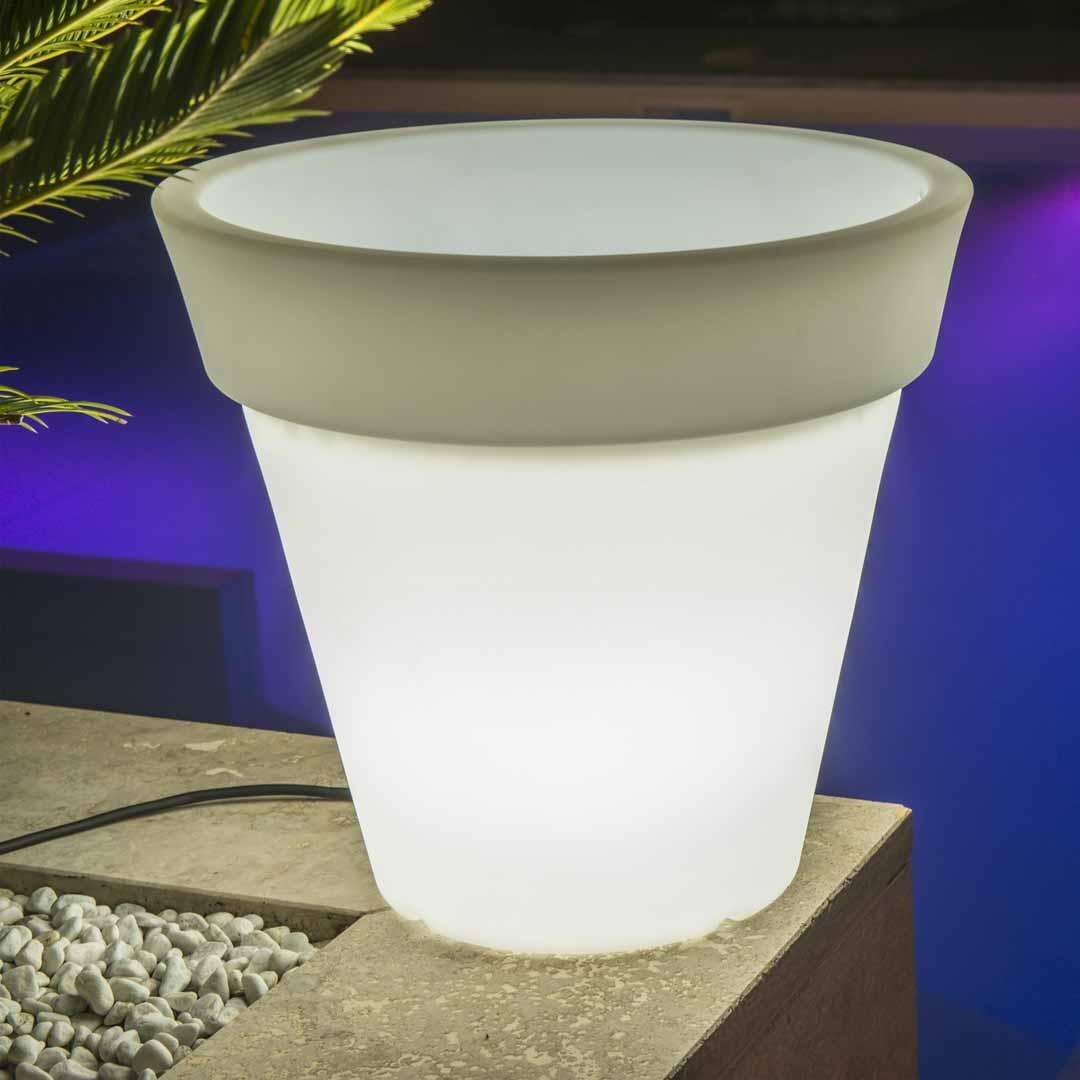 'Pegasus' Lighted Round Pot